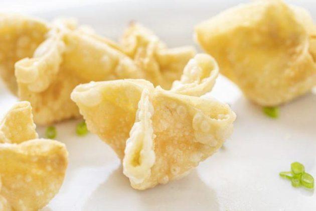 Homemade wontons - delicious cream cheese masterpiece