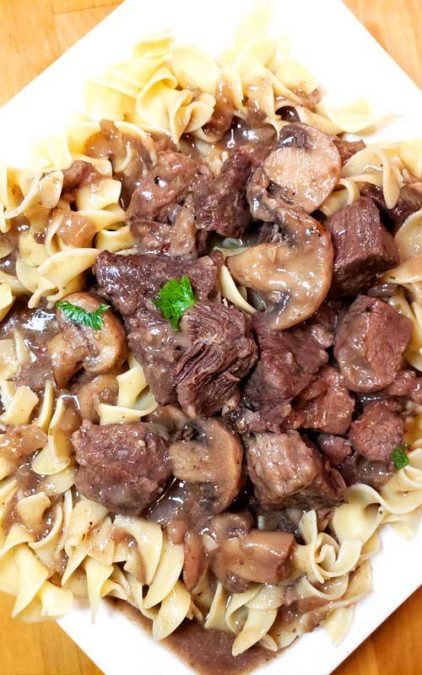 Garlic Butter Beef in Mushroom Gravy - the whole family is delighted with this dish!