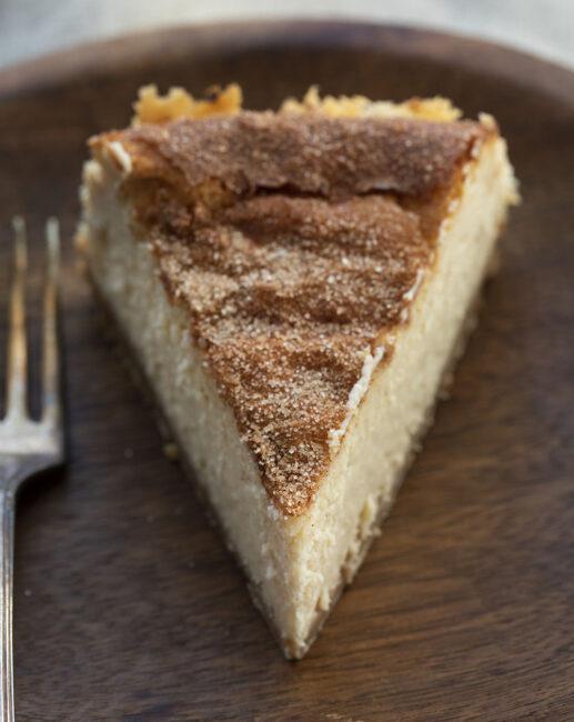 Amazing Creamy Snickerdoodle Cheesecake