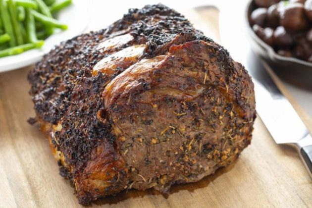 The most delicious butter and garlic crusted prime rib recipe