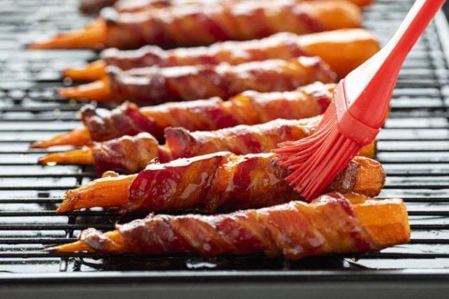 Maple Syrup Glazed Bacon Carrots